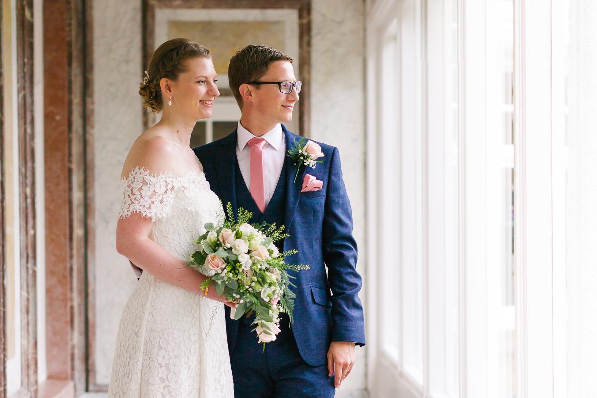 Harrogate Registry office wedding photographer Amanda Manby photography