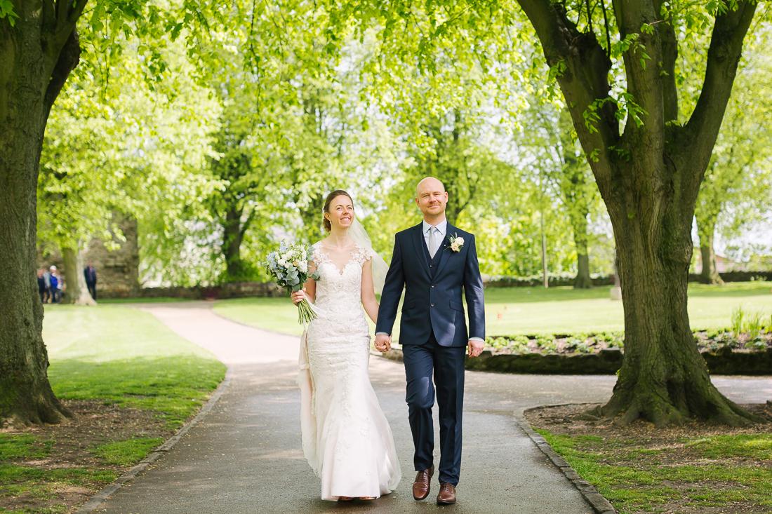 Knaresborough castle wedding Amanda Manby photographer wedding photographer